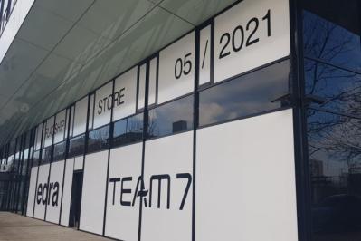 Nezahálíme, budujeme nový showroom Decoland v Karlíně!