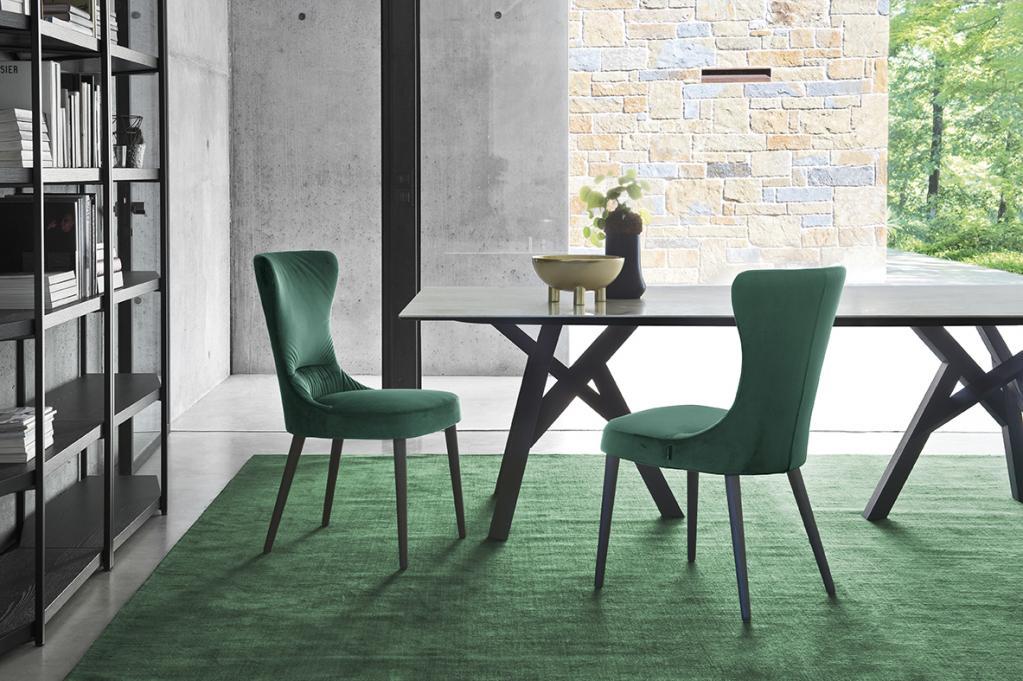 Pohodlné jídlení židle