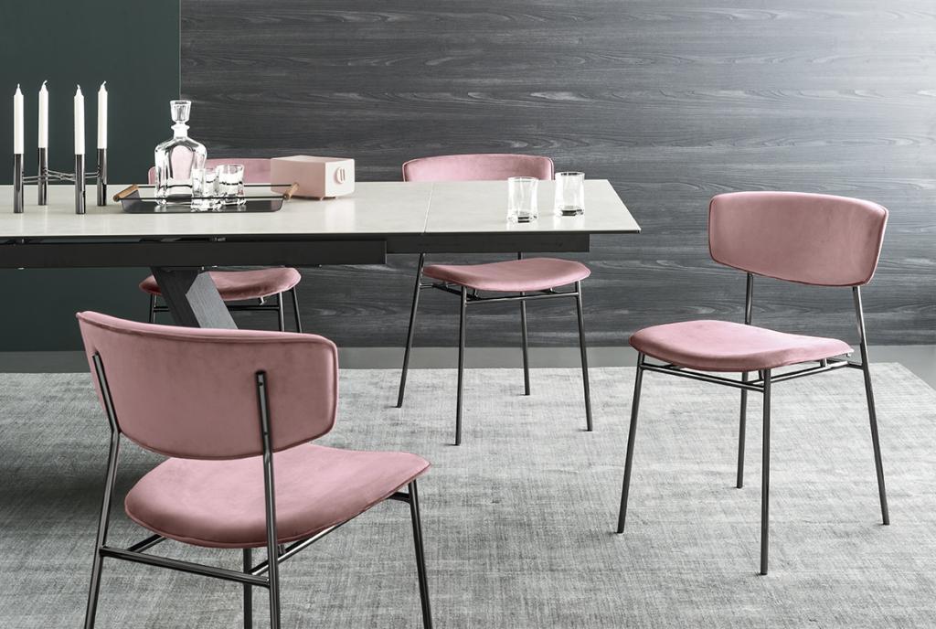 Růžové židle Calligaris