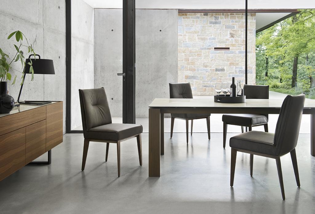 Pohodlná jídelní židle
