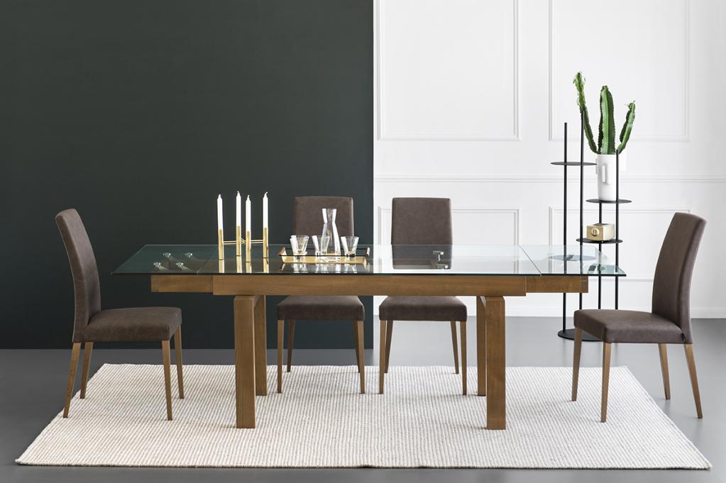 Moderní skleněný stůl Calligaris