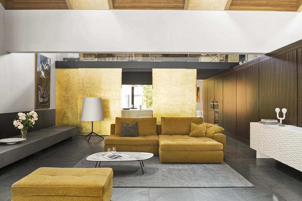 Sedací souprava Lounge https://www.calligaris.com/EEU/en/products/sofas/cs-3374-lounge