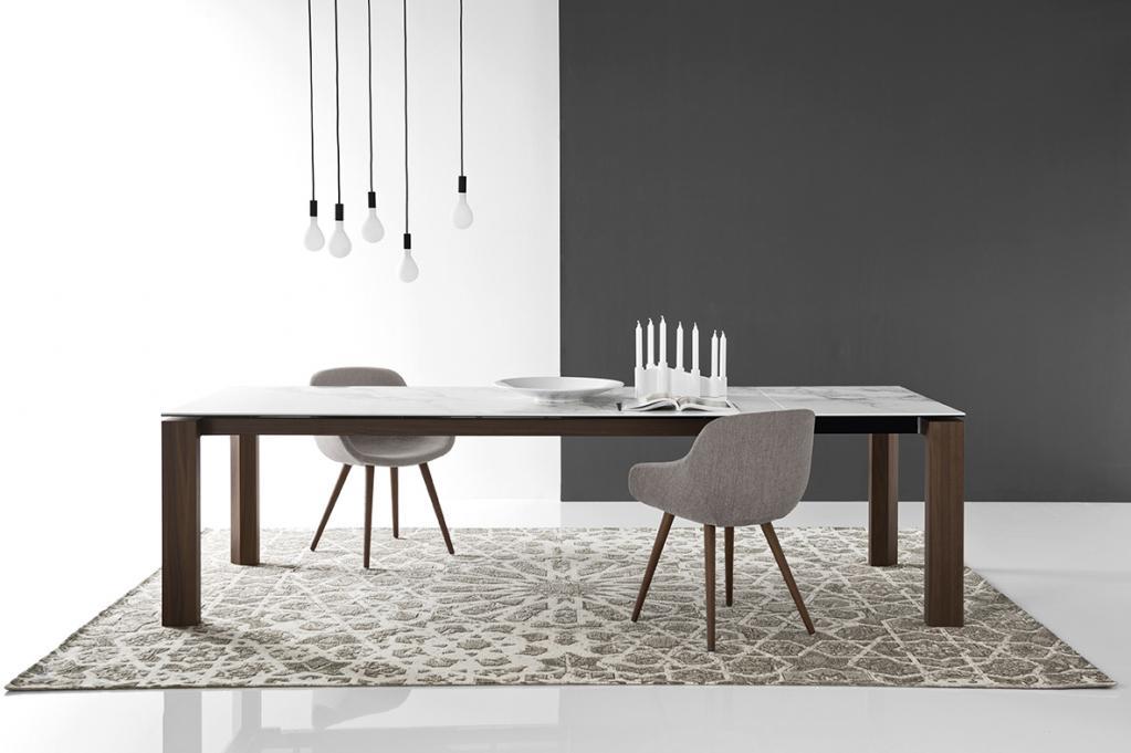 Velký jídelní stůl Calligaris