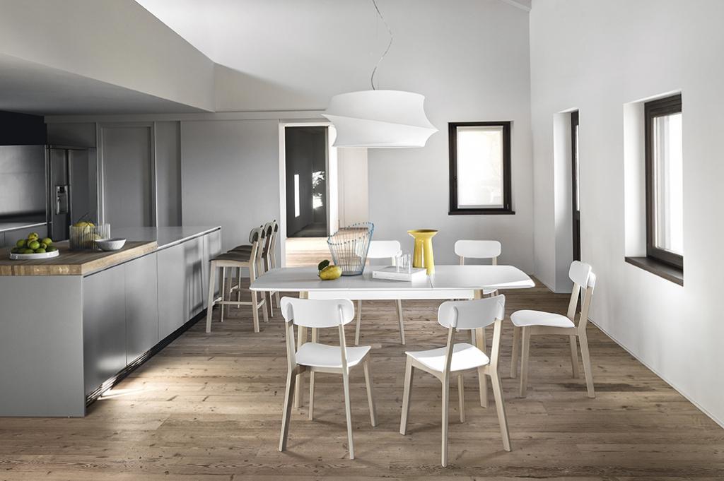 Moderní minimalistický jídelní nábytek