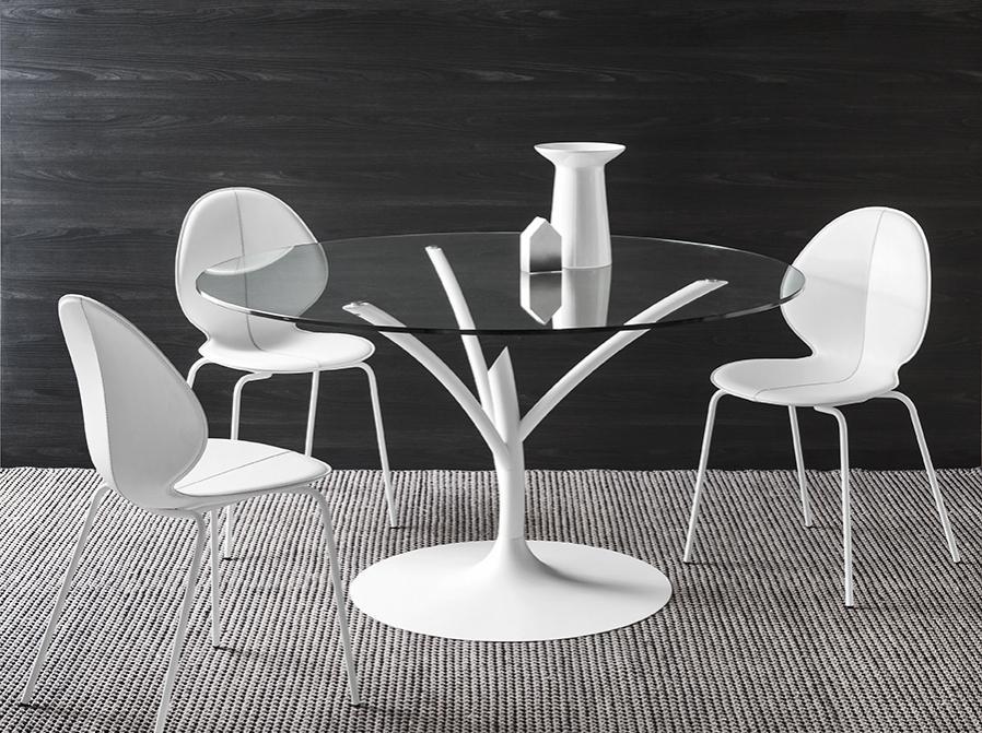Konferenční stůl prosklený