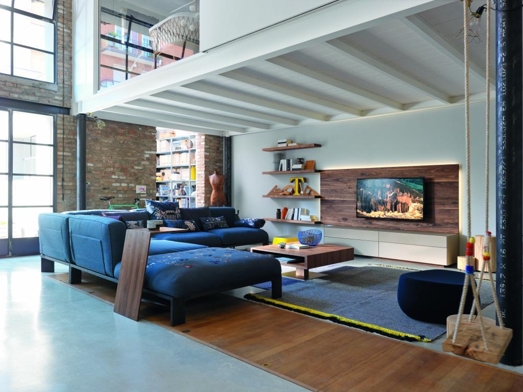 Luxusní dřevěná obývací stěna
