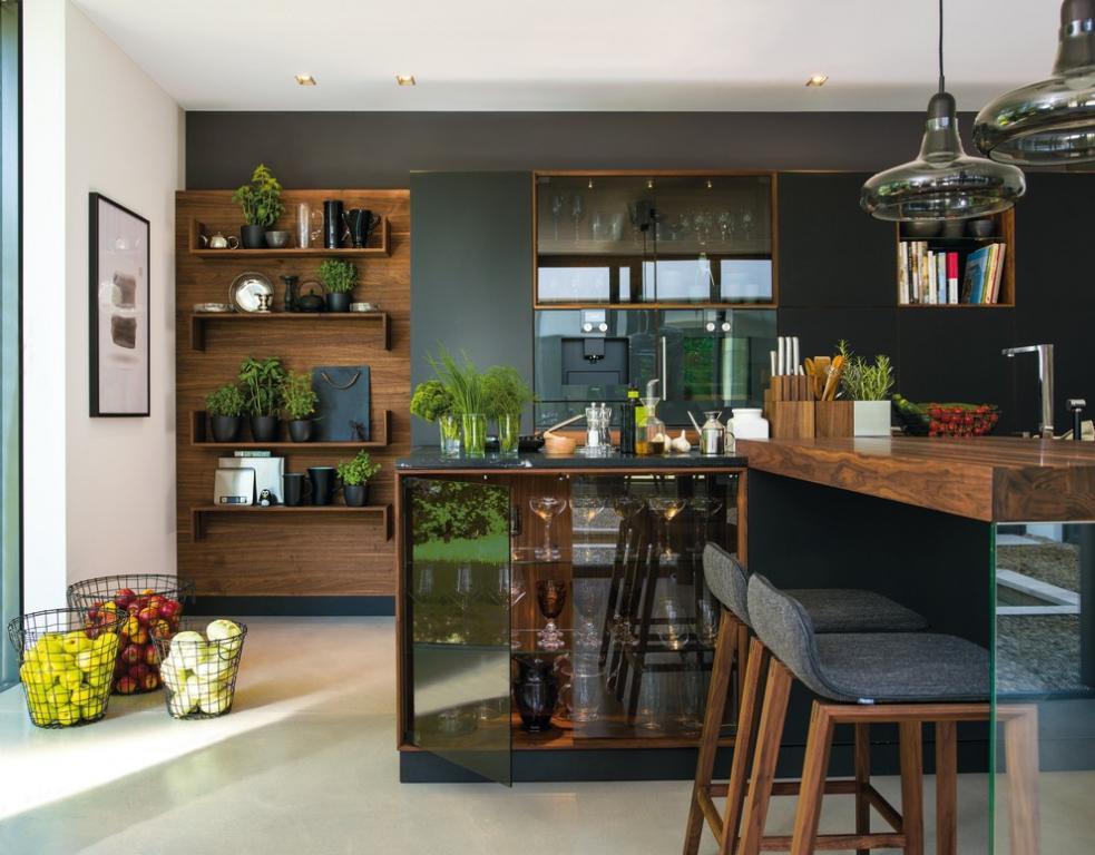 Kuchyňská linka Black Linee od Team 7| Moderní kuchyně z Decolandu