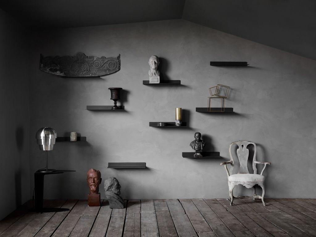 Tmavé decentní interiérové doplňky BoConcept