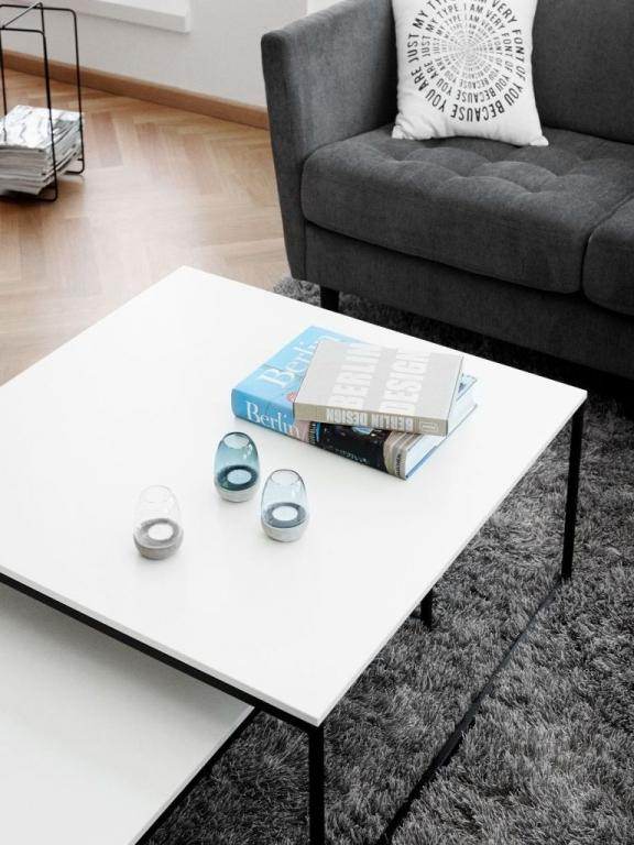 Praktický konferenční stolek