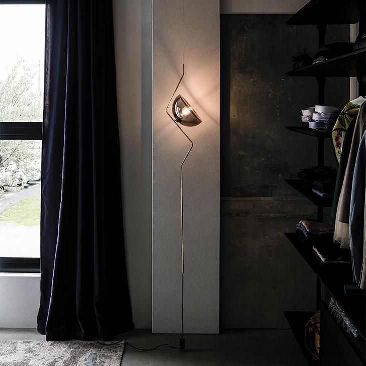 Vysoká lampa Cattelan Italia