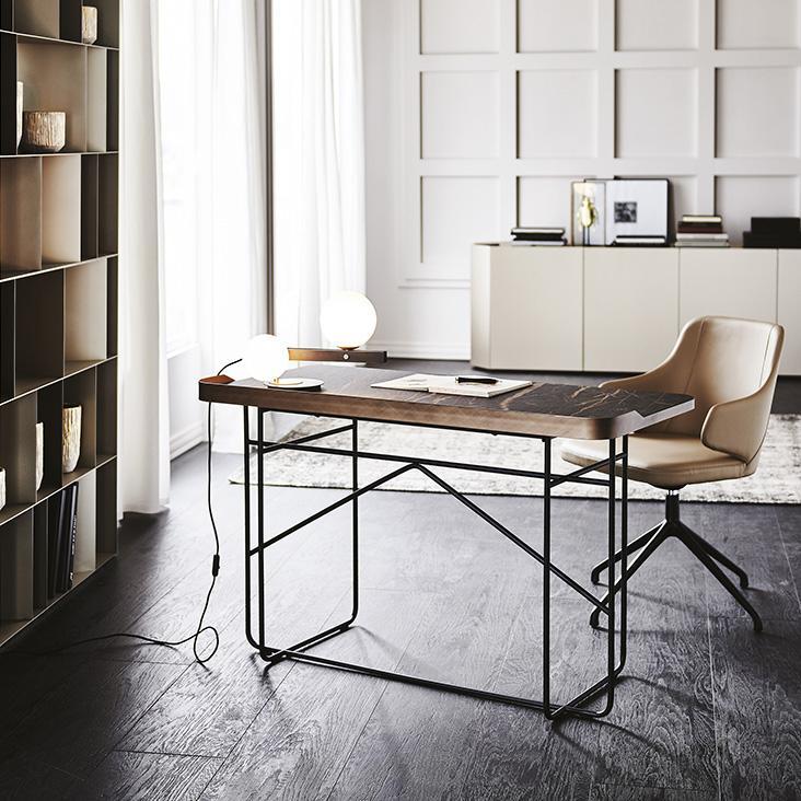 Stylový pracovní stůl
