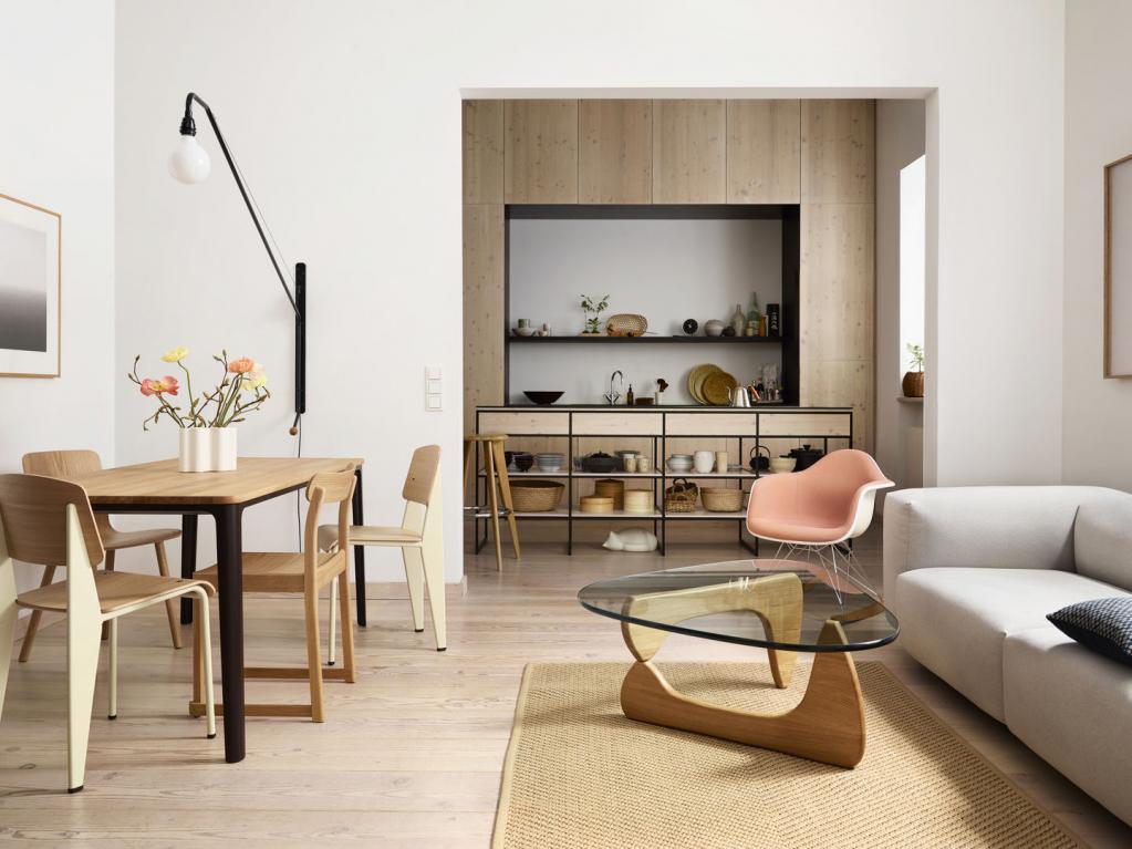 Stoly a židle Vitra