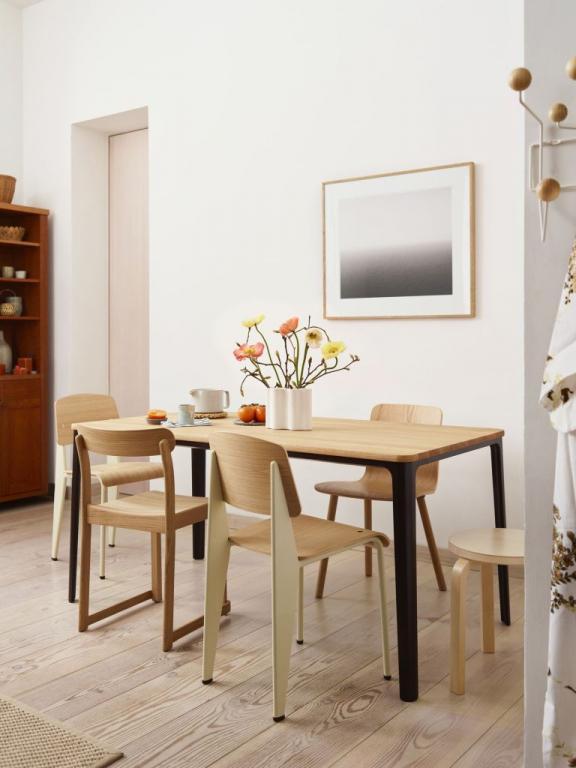 Vitra stoly a židle