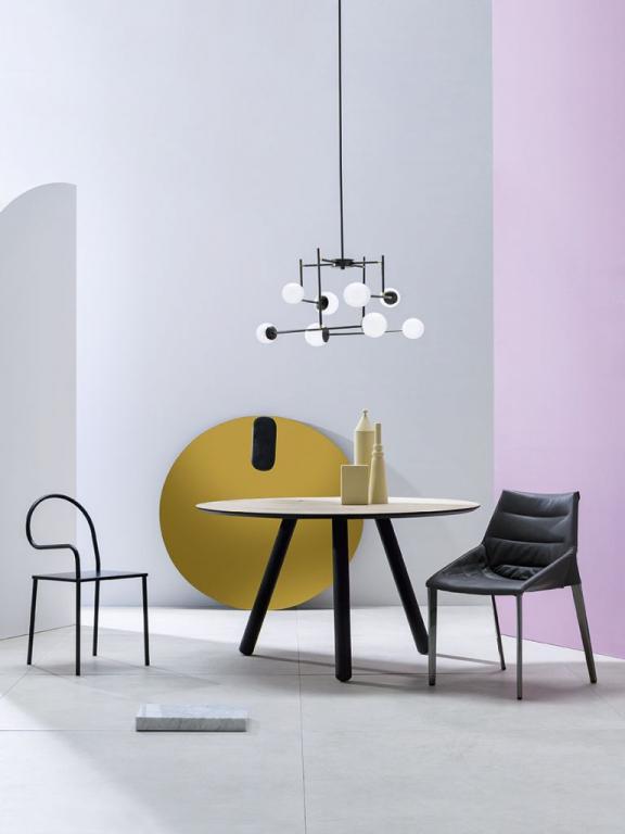 Lustr ARCH od MM Lampadari https://www.mmlampadari.com/en/products/contemporary-style/chandeliers/arch/