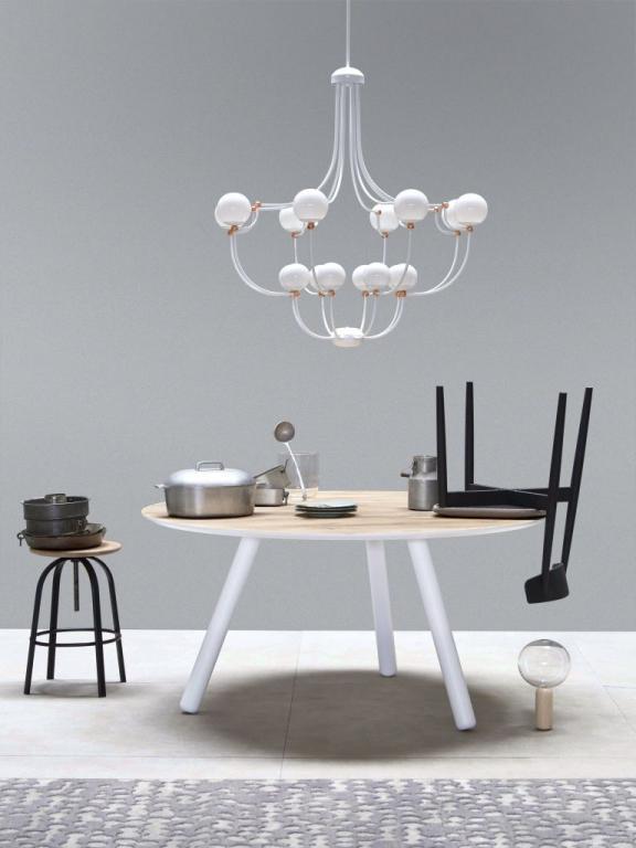 Lustr DOTS od MM Lampadari https://www.mmlampadari.com/en/products/contemporary-style/chandeliers/dots/