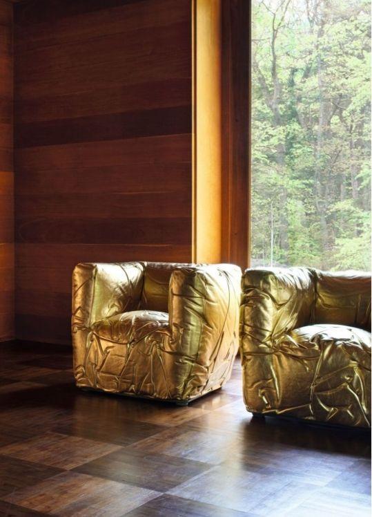 Luxusní zlatá sedačka Edra