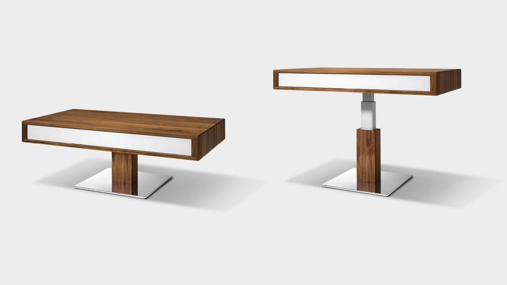 Stylové stolky z masivního dřeva