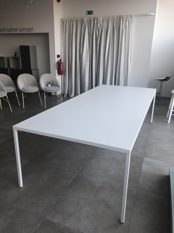 Jednací stůl Heron